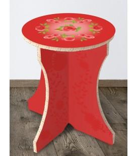 Tabouret bohème rouge en carton alvéolaire – Christelle Gossart